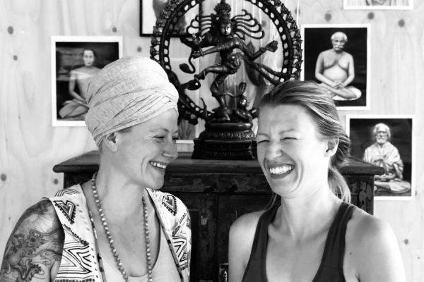 Kim Bakker - Irene van Gent - Yogapoint Leidsche Rijn - Kundalini Yoga